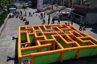 Chiny Inflatable Labyrinth Games, Inflatable Square Maze Game For Chilren fabryka