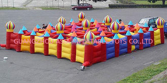 Chiny Outdoor Inflatable Maze Games For Outdoor Amusement Park Games fabryka