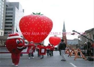 Chiny Advertising Inflatables Strawberry Character Balloon Giant Fruits Flying Ball fabryka