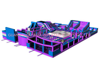 Chiny Custom Purple Gigantic Inflatable Theme Park / Kids Trampoline Park fabryka