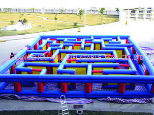 Chiny Outdoor Inflatable Maze Obstacle, Inflatable Maze Crossing Game For Kids fabryka