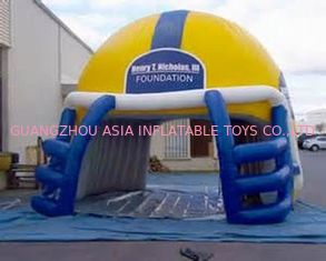 Chiny NFL Helmet Entrance, Inflatable Sports Event Decoration Entrance fabryka