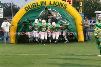 Chiny Customized American Football Team Entrance, Inflatable Tunnels fabryka