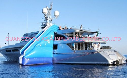 Inflatable Water Floating Yacht Slide, Inflatable Water Sliding Sports dostawca