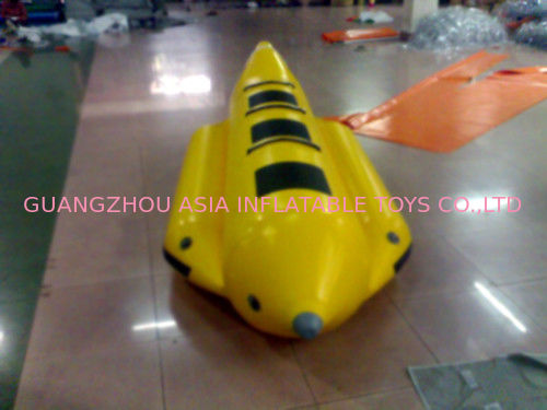 Yellow And Black Inflatable Small Banana Boat For 3 People , Inflatable Water Games dostawca