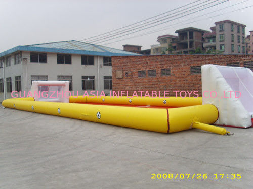 High Quality 0.9mm Pvc Tarpaulin Inflatable Soccer Field For Sale dostawca
