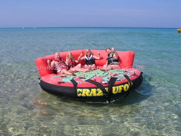 Crazy Ufo Toneble Inflatables / Adults And Child Inflatable Water Sport Games dostawca